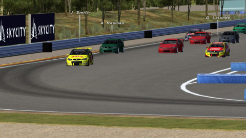 Mert Kayar runs at front of field in Hidden Valley V8SC // Race2Play