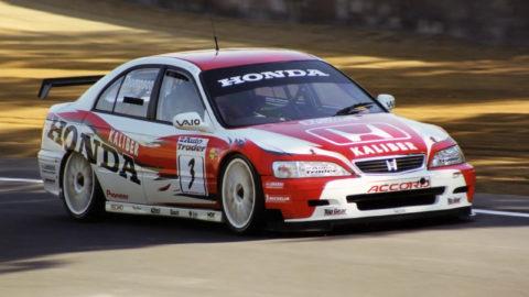 Nicola Guarini dominates lead every lap in Knutstorp '08 STCC // Race2Play