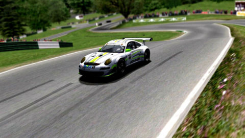 Mario Rocha took fifth place in the GT2 class in the Cadwell Park LMGT @ Race2Play.com