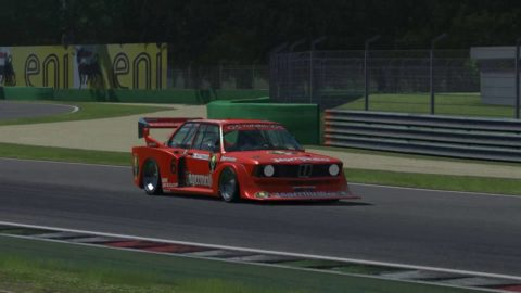 Nuno Gaiteira won 18th place in the Manfeild – Long BMW E21 @ Race2Play.com