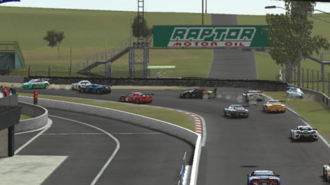 Alison Valassa races Mercedes SLS ADAC in Bathurst – Mt Panorama FIA GT3 // Events // Race2Play