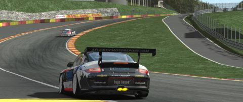 Jose Casanovas won the first place in the Spa-Francorchamps GT Flat6 // Race2Play