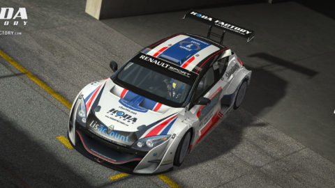 Marcelo Aiello took ninth place in the Silverstone GT Layout Megane Trophy in the opening round of the FKR Megane Championship series // Race2Play