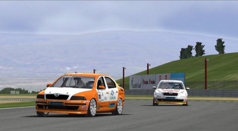 Nuno Gaiteira held the lead for three laps in a run to second place in the Calder Park Raceway @ Race2Play.com